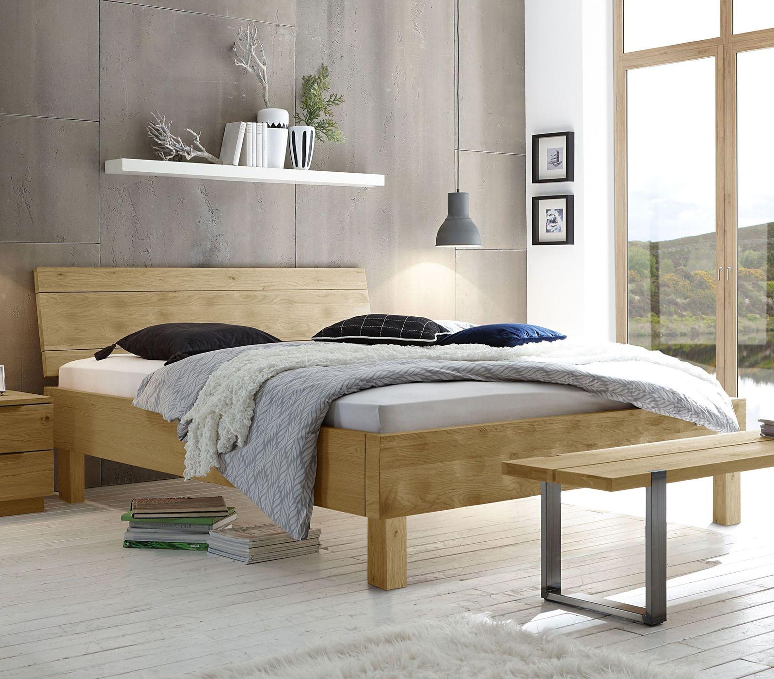 massivholzbett rustikal modern in eiche geölt  mossa