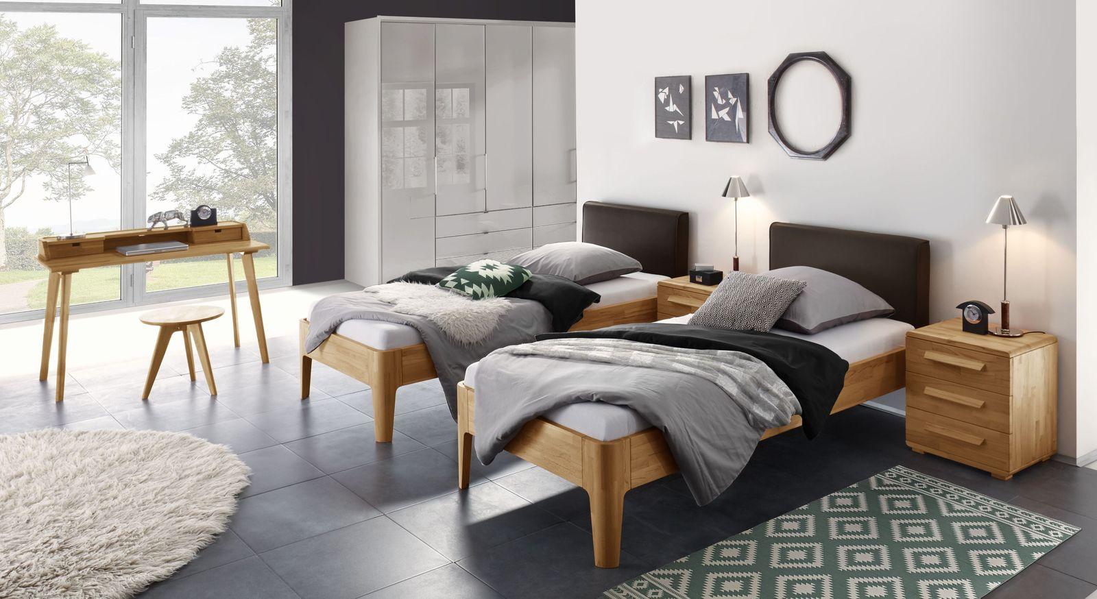 Modernes Bett Pavora mit passenden Schlafzimmermöbeln