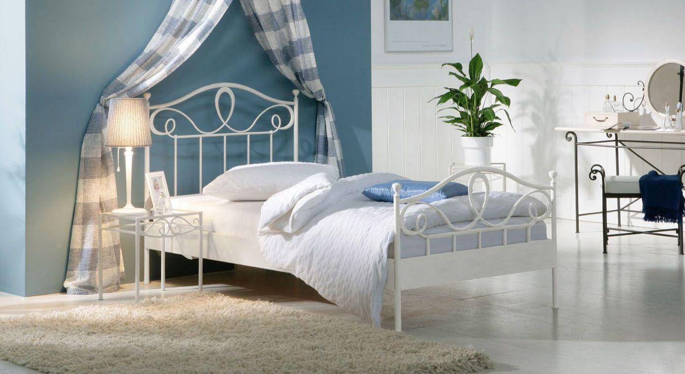 Elegantes Bett Piemonte inklusive Fußteil