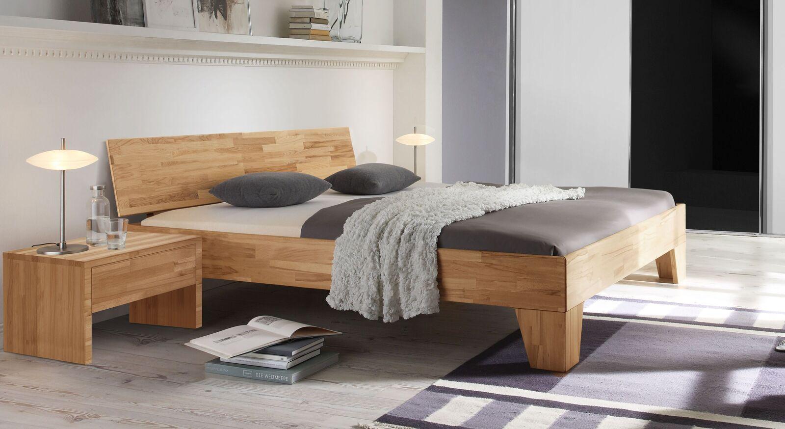 Bett Pimona aus Echtholz
