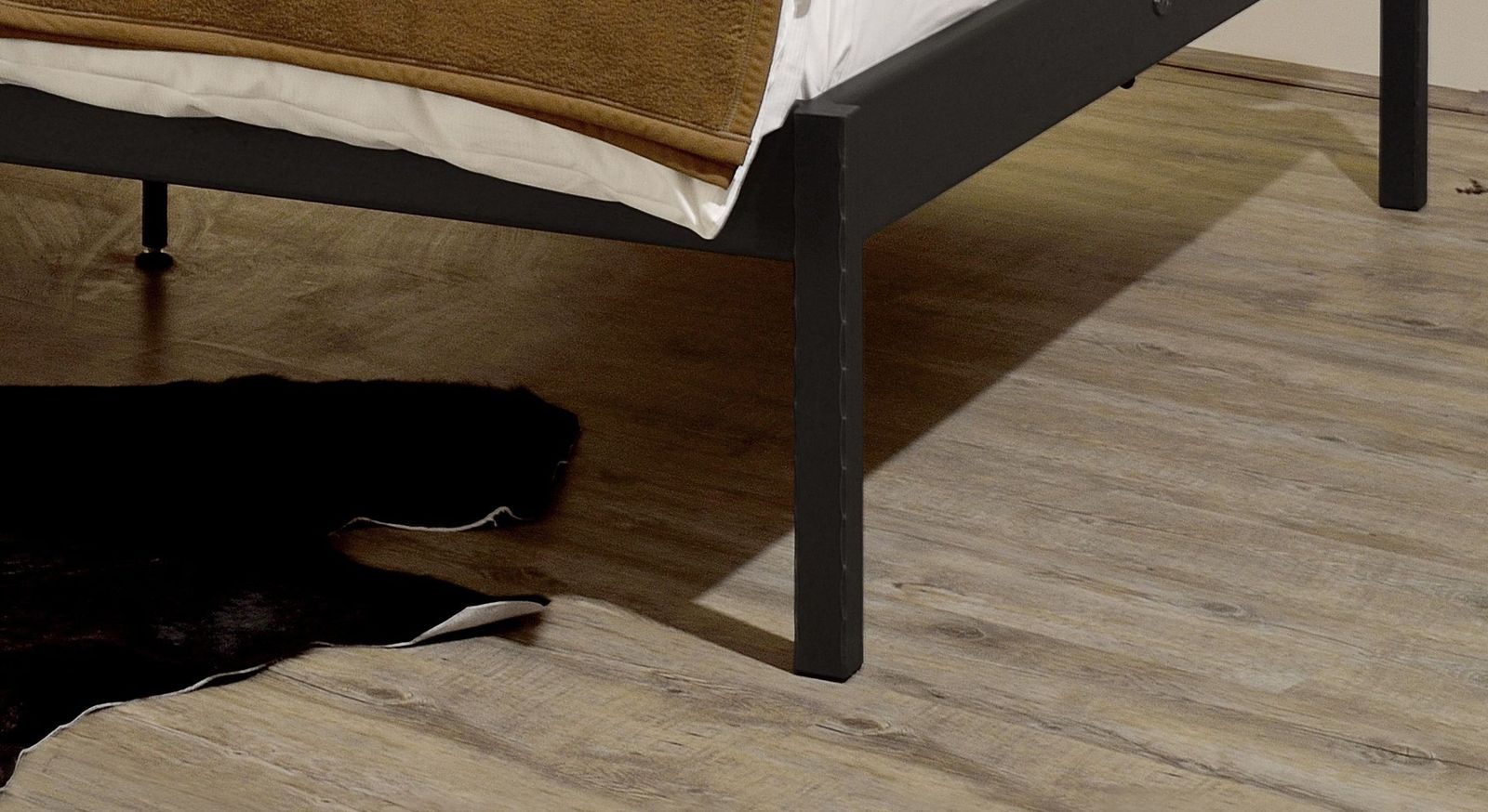 Bett Pintanas Füße aus massivem Eisen