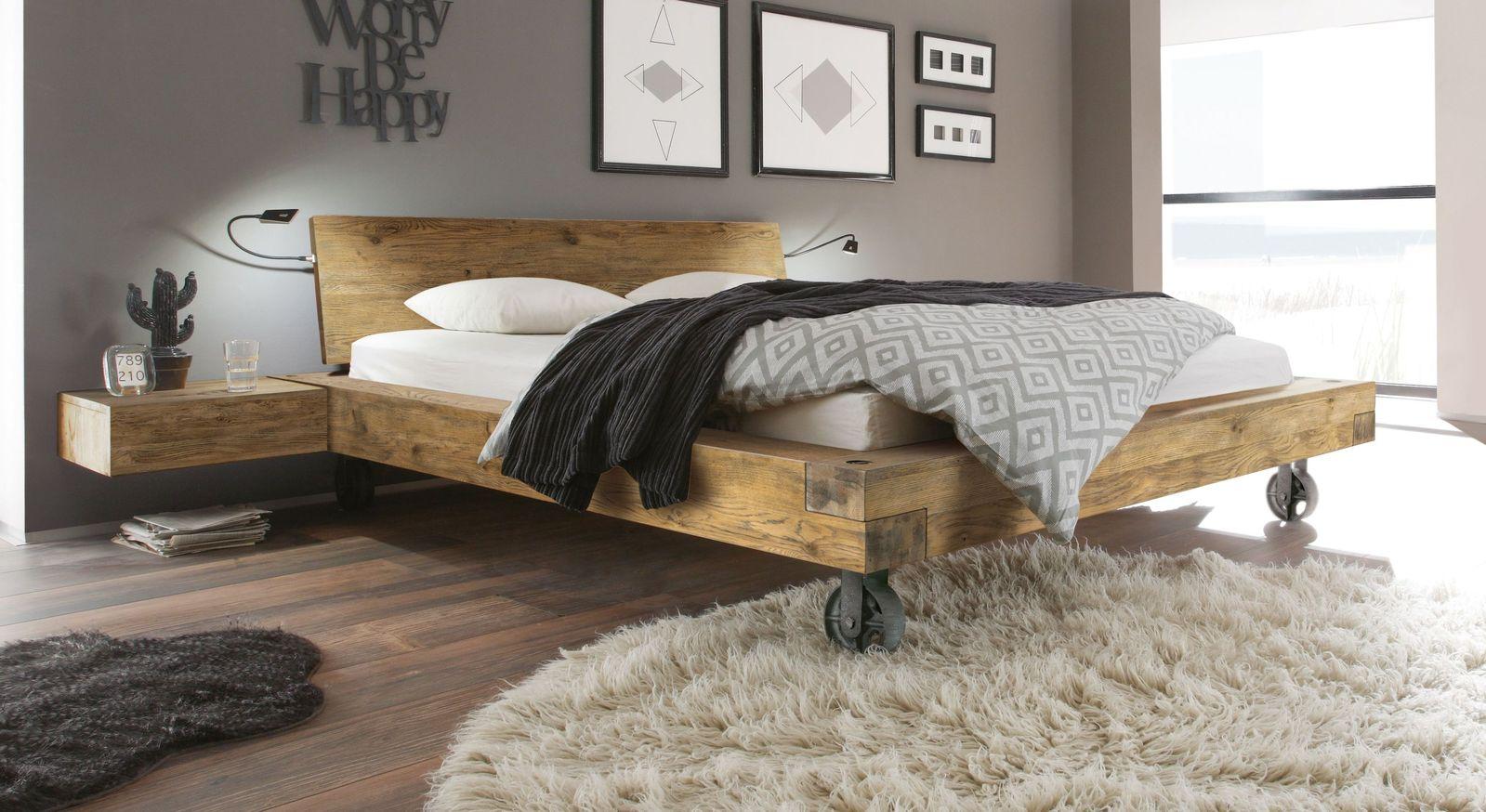 Bett Quesada aus Wildeichenholz im Vintage-Look