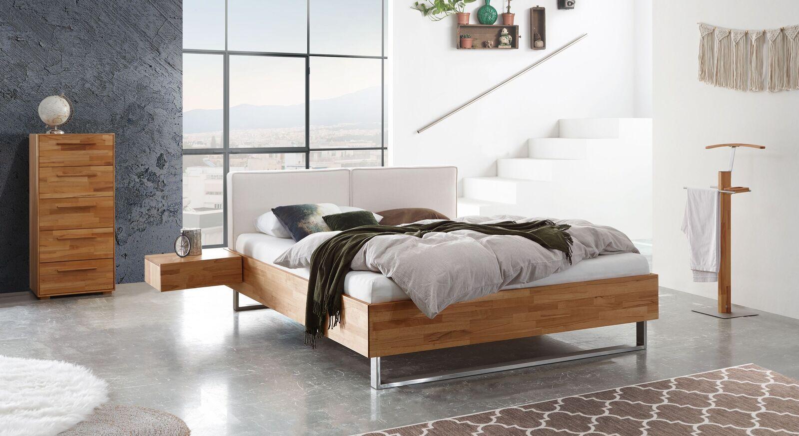 Bett Rebus mit passenden Schlafzimmermöbeln