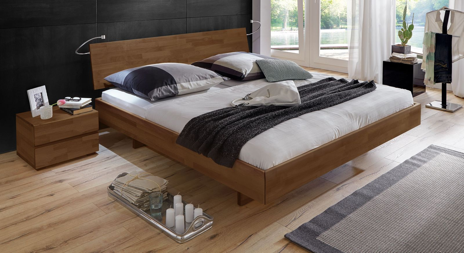Nussbaumfarbenes Bett Rimini mit 38 cm Rahmenhöhe