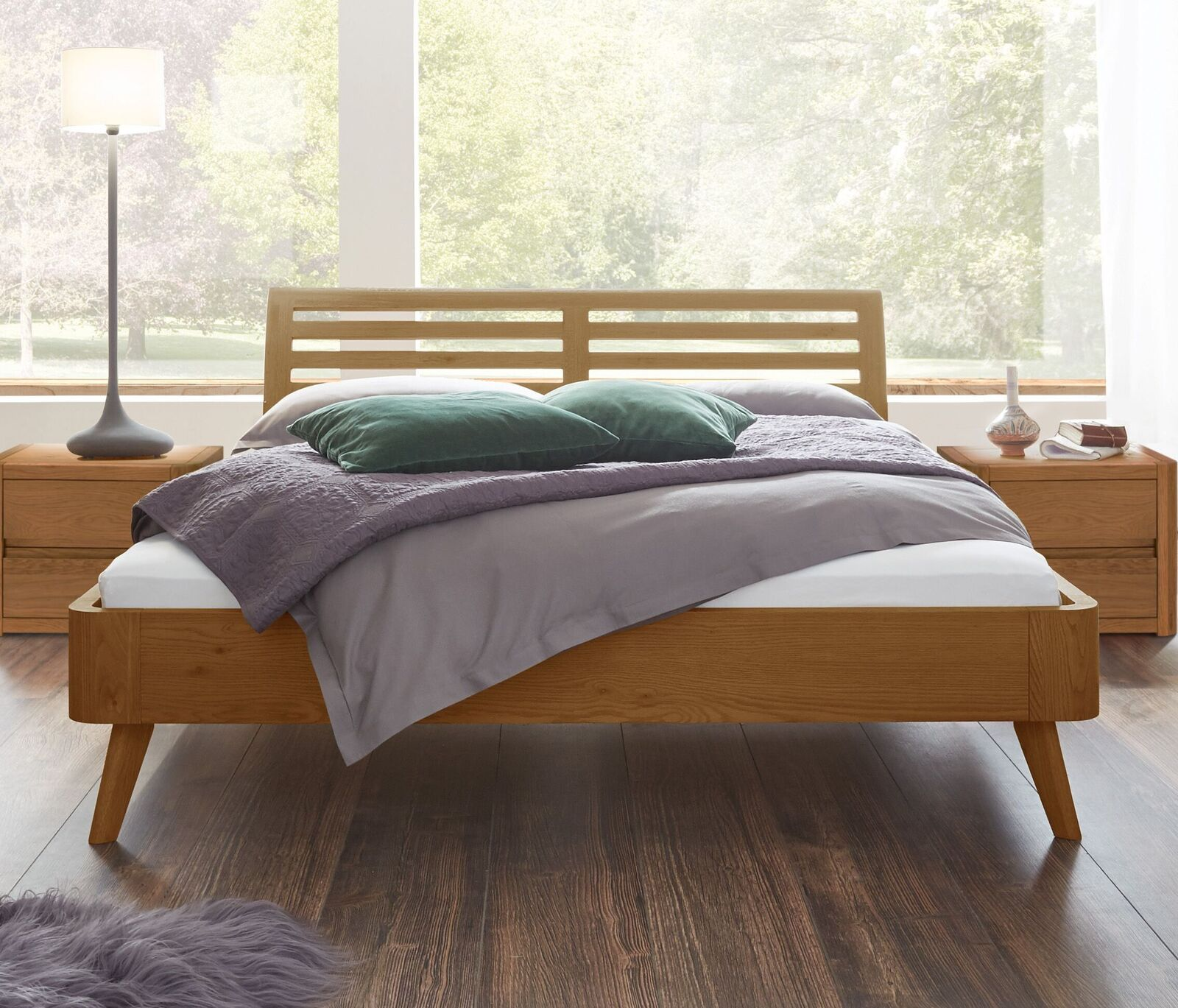 Bett Rustikal. Interesting Rustikale Holz Esstisch Moderne Sessel ...