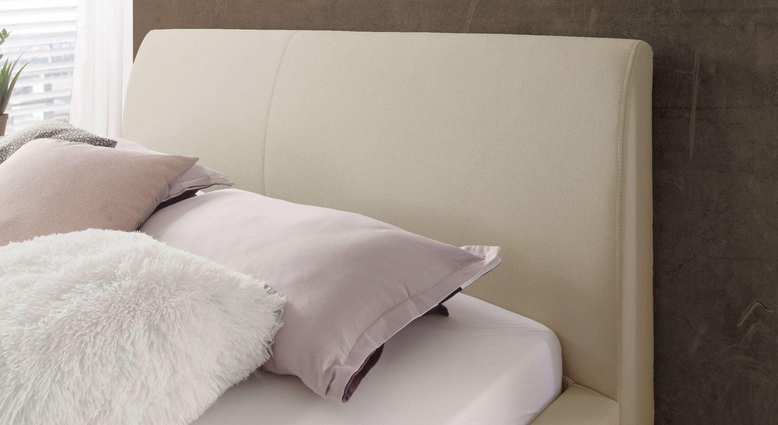 Bett Sesimbra mit gebogenem Kopfteil