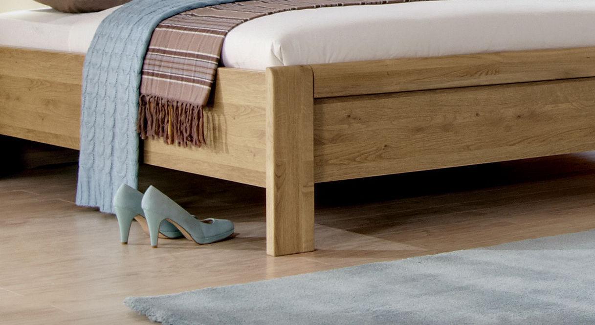 Stabiler Fuß vom Bett Taras