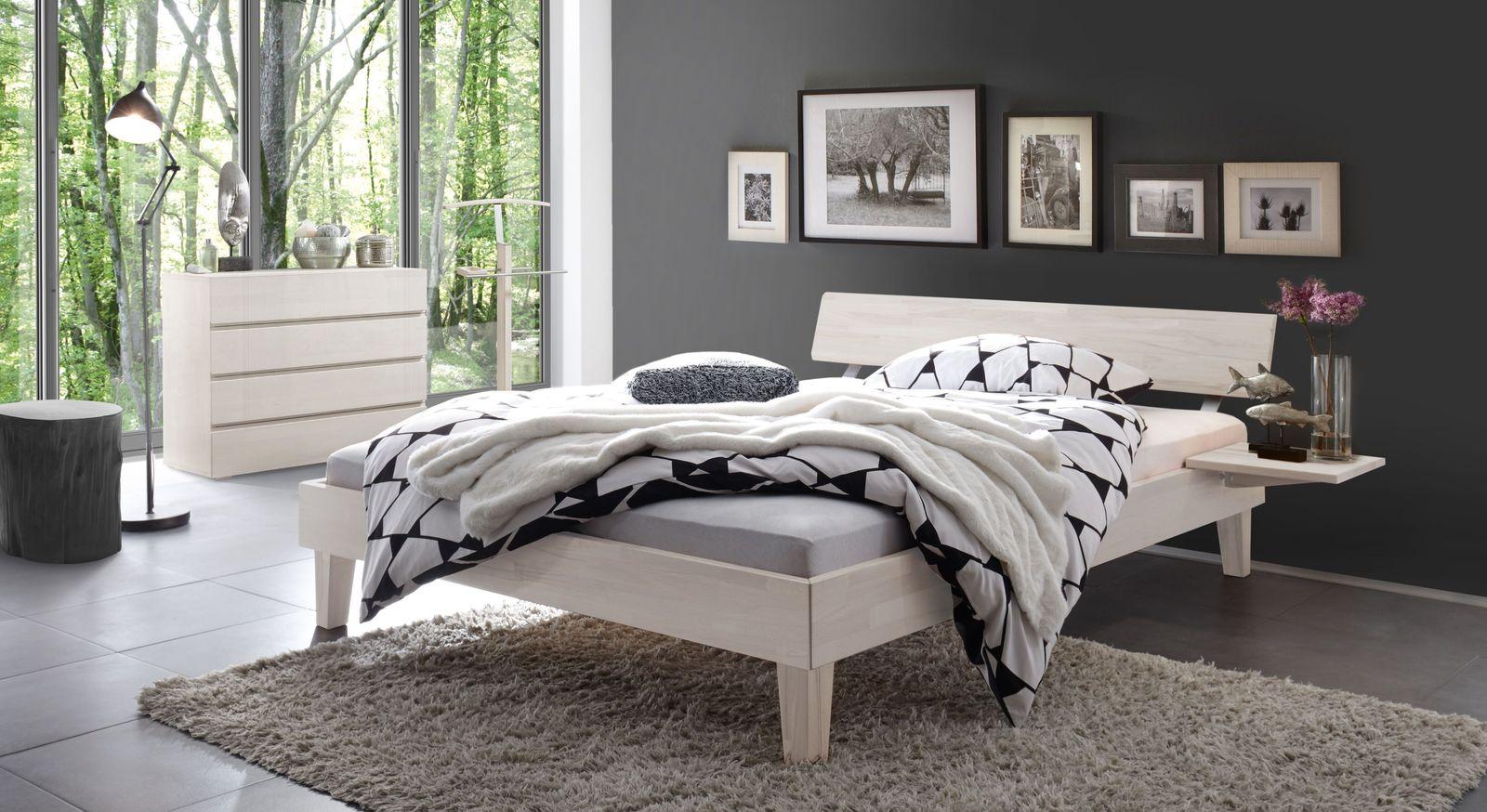 Bett Teramo mit passenden Schlafzimmer-Accessoires
