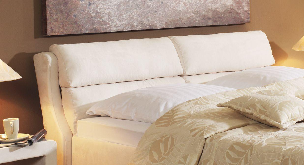 Bett Cremona Kopfteil mit weichen Kammerkissen