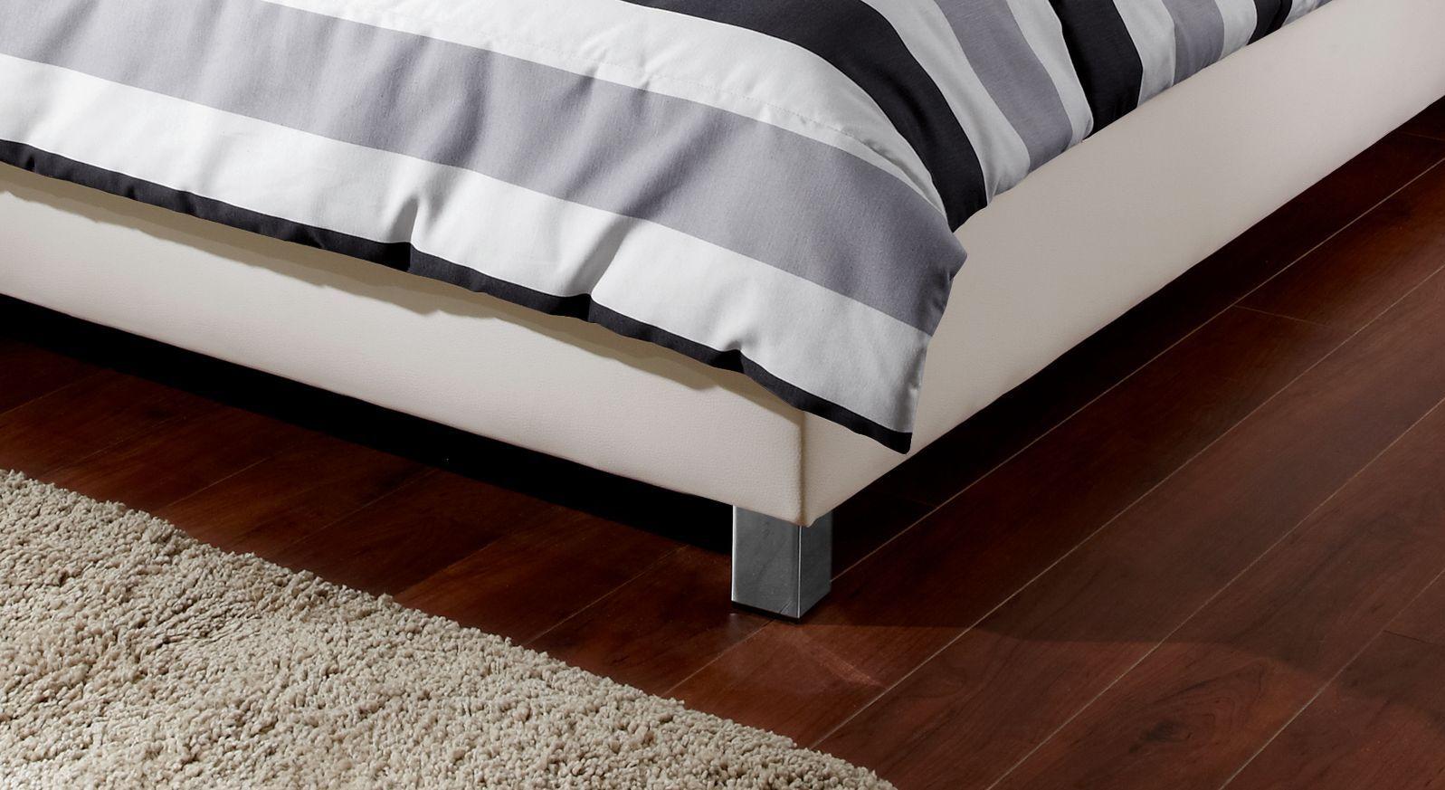 Bett Remigios Füße