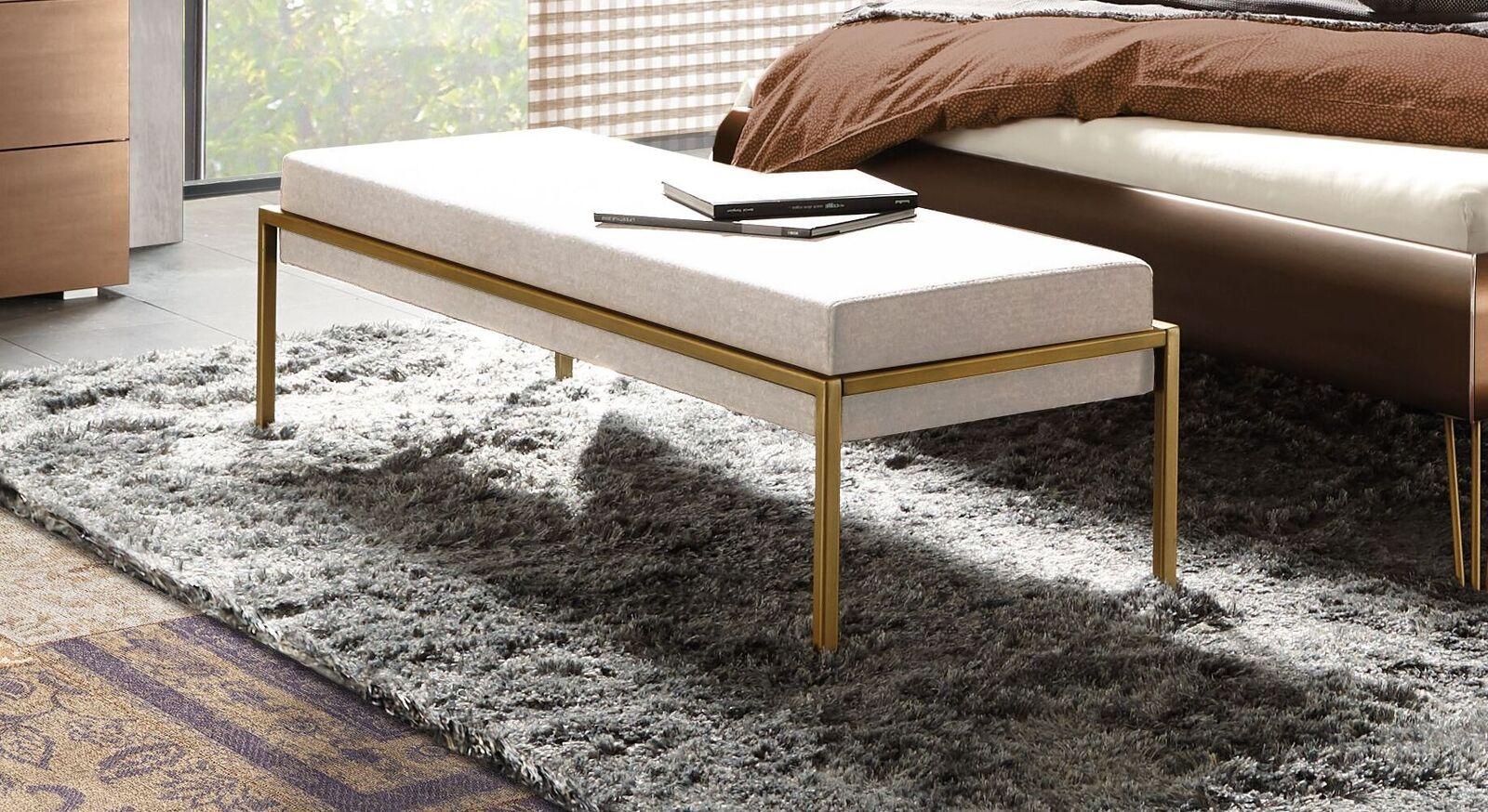 Bettbank Sirone mit beigefarbenem Velours-Bezug