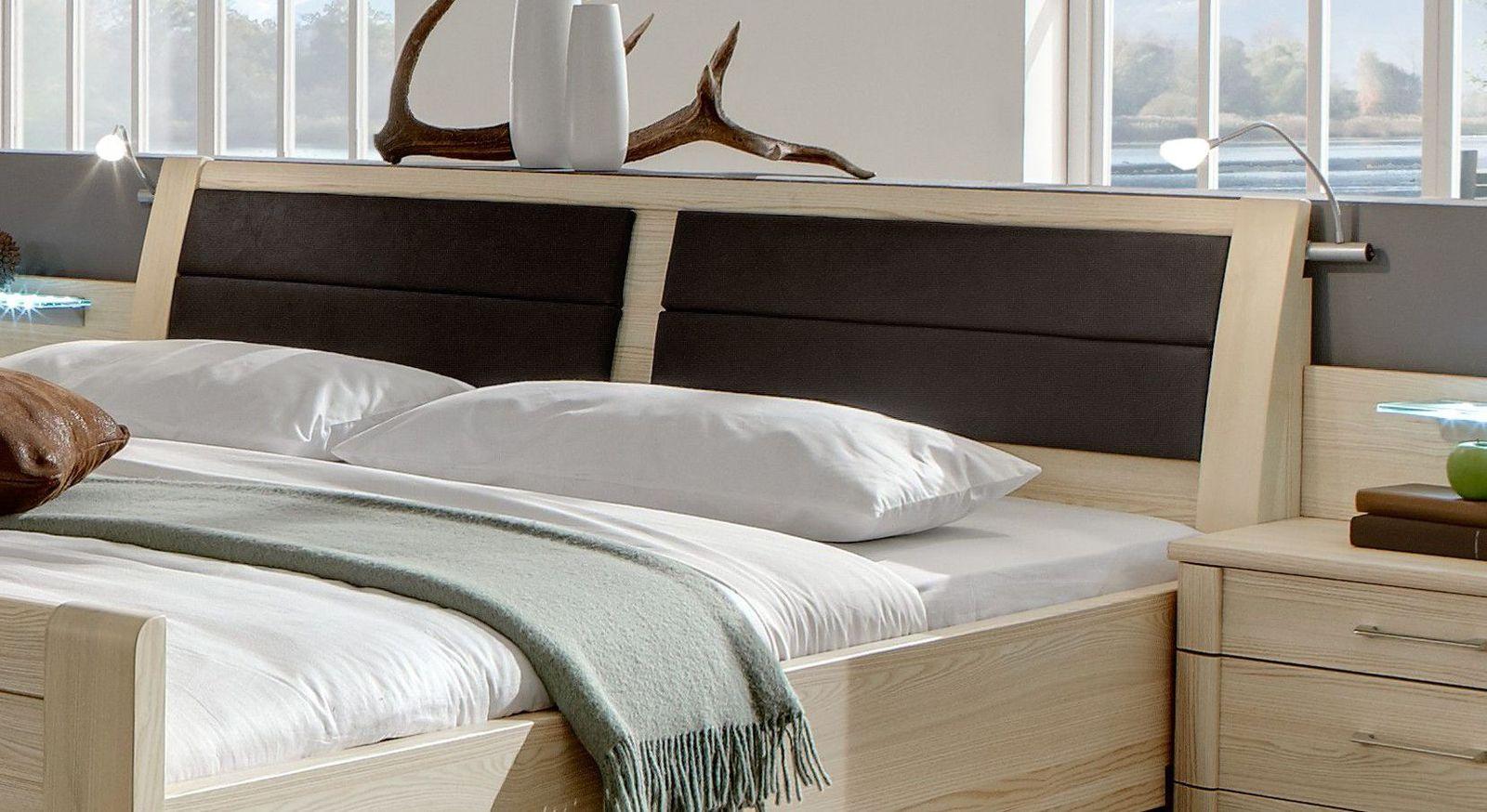 doppelbett mit hohem einstieg in edel esche dekor rapino. Black Bedroom Furniture Sets. Home Design Ideas