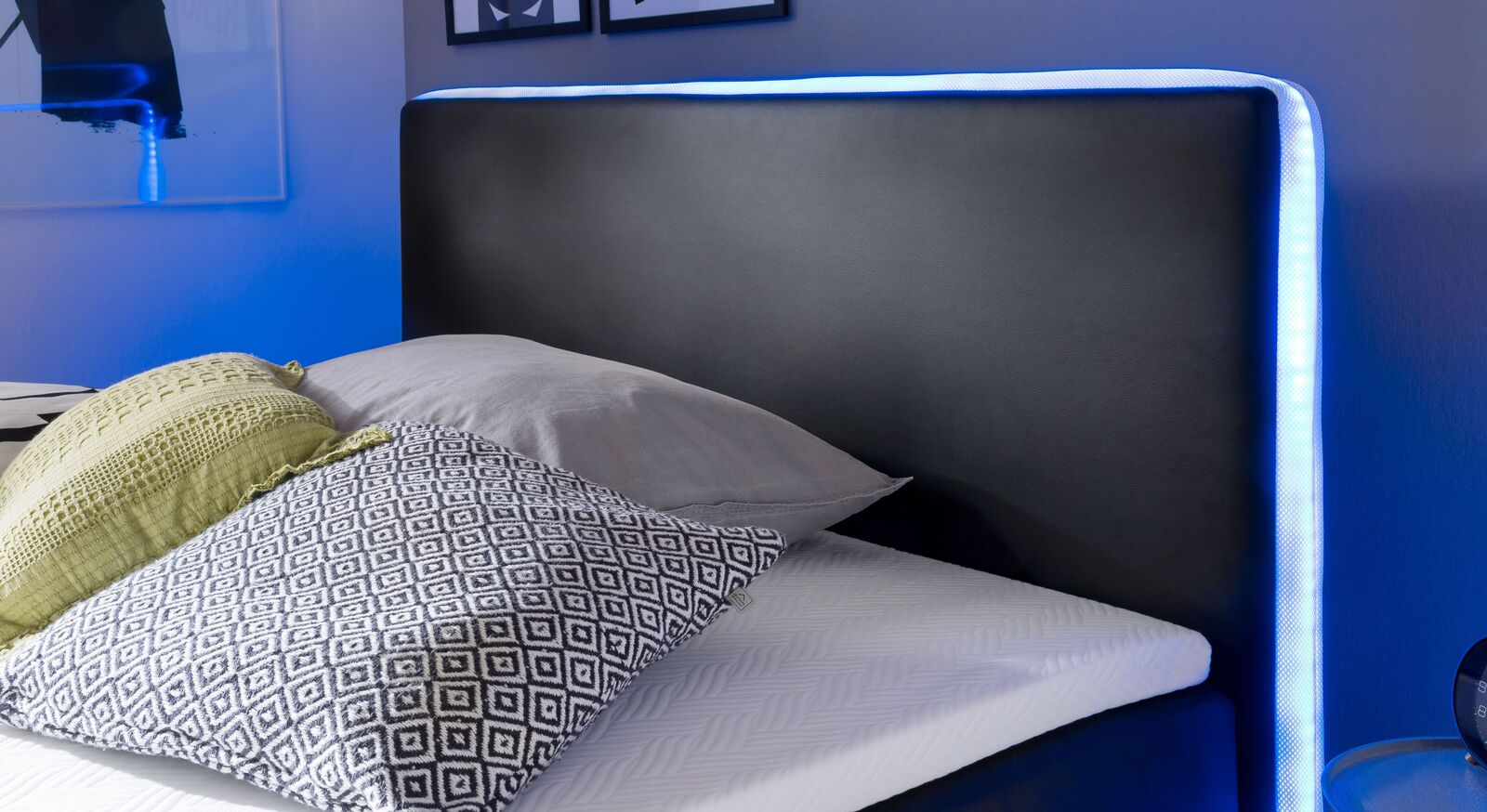 Bettkasten-Boxspringbett Merwins Kopfteil mit Beleuchtung