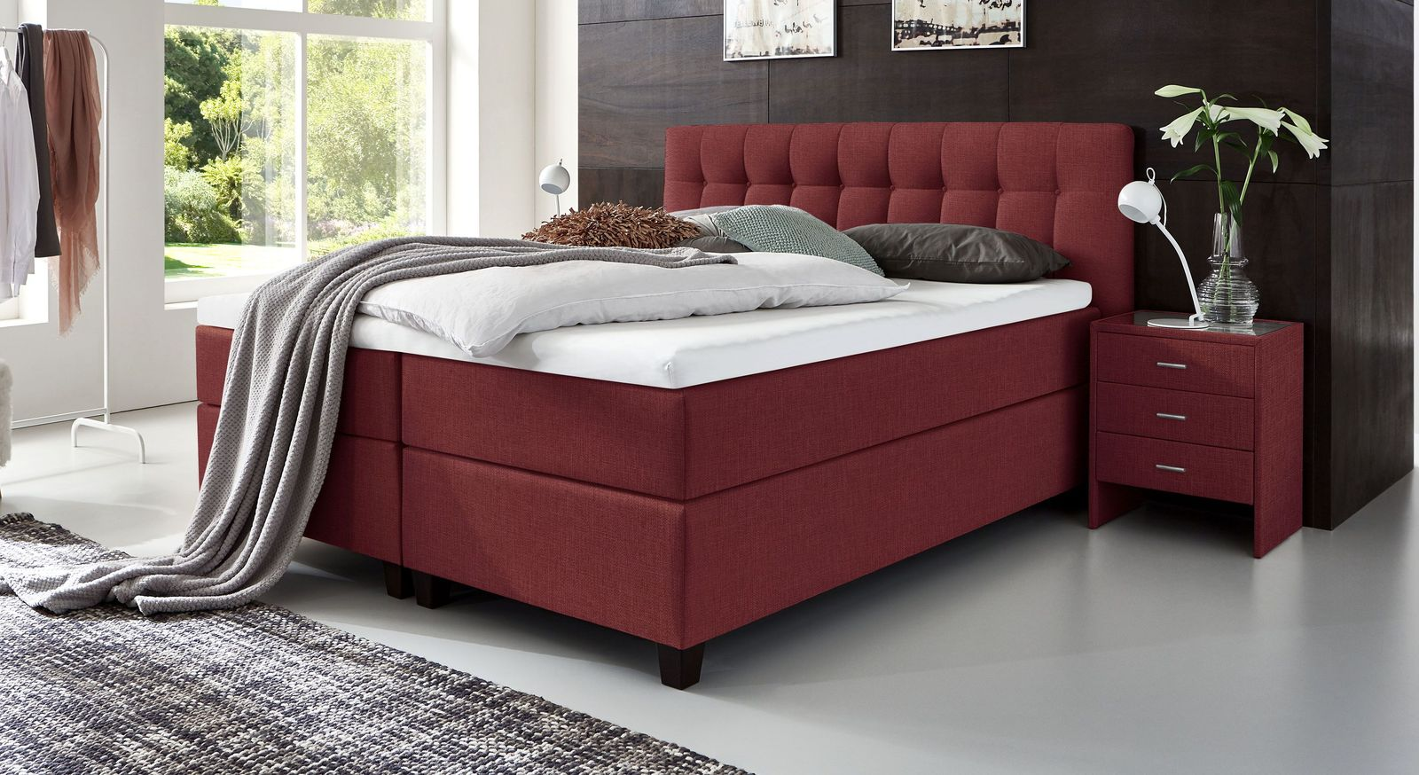 66 cm hohes Boxspringbett Luciano aus meliertem Webstoff in Rot