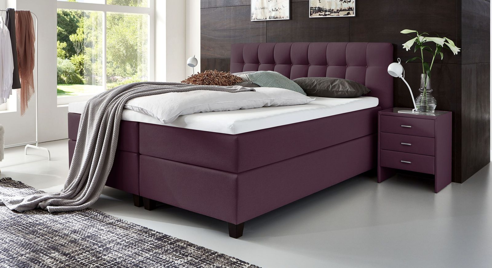 66 cm hohes Boxspringbett Luciano aus Webstoff in Beere