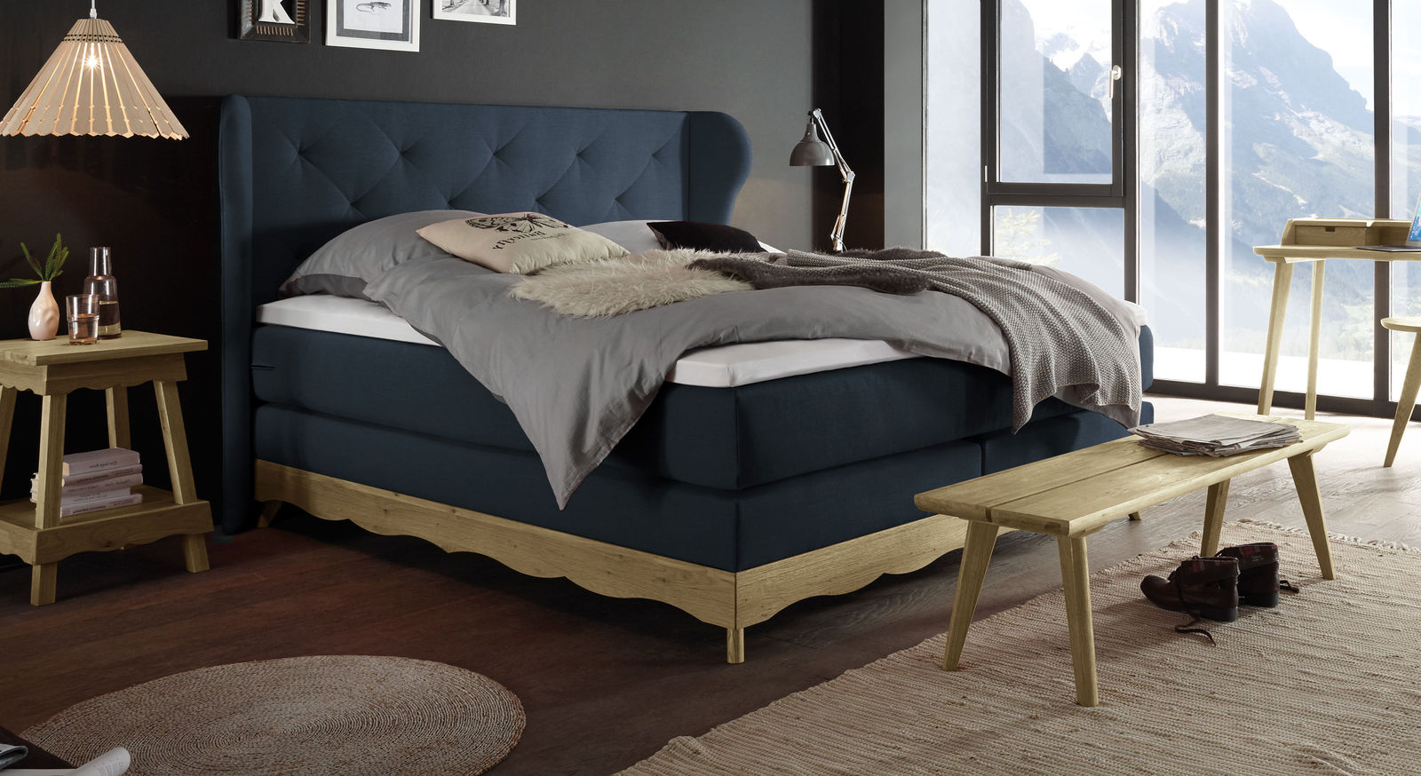 Boxspringbett Muanda mit Samtvelours in Marine
