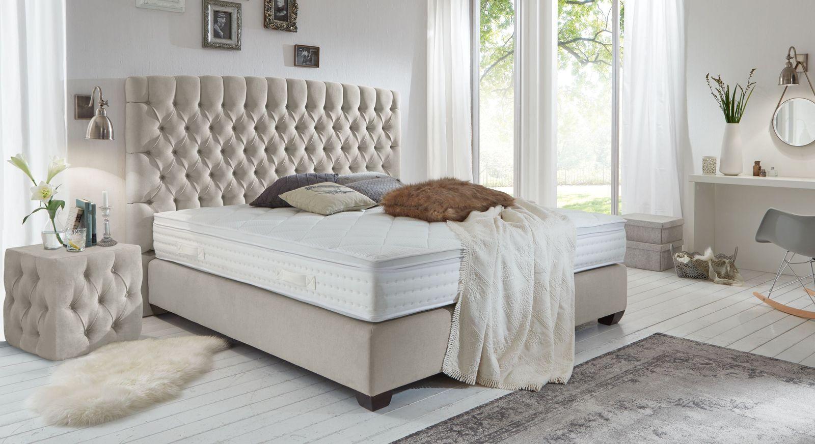 royales boxspringbett im englischen chesterfield design palmdale. Black Bedroom Furniture Sets. Home Design Ideas