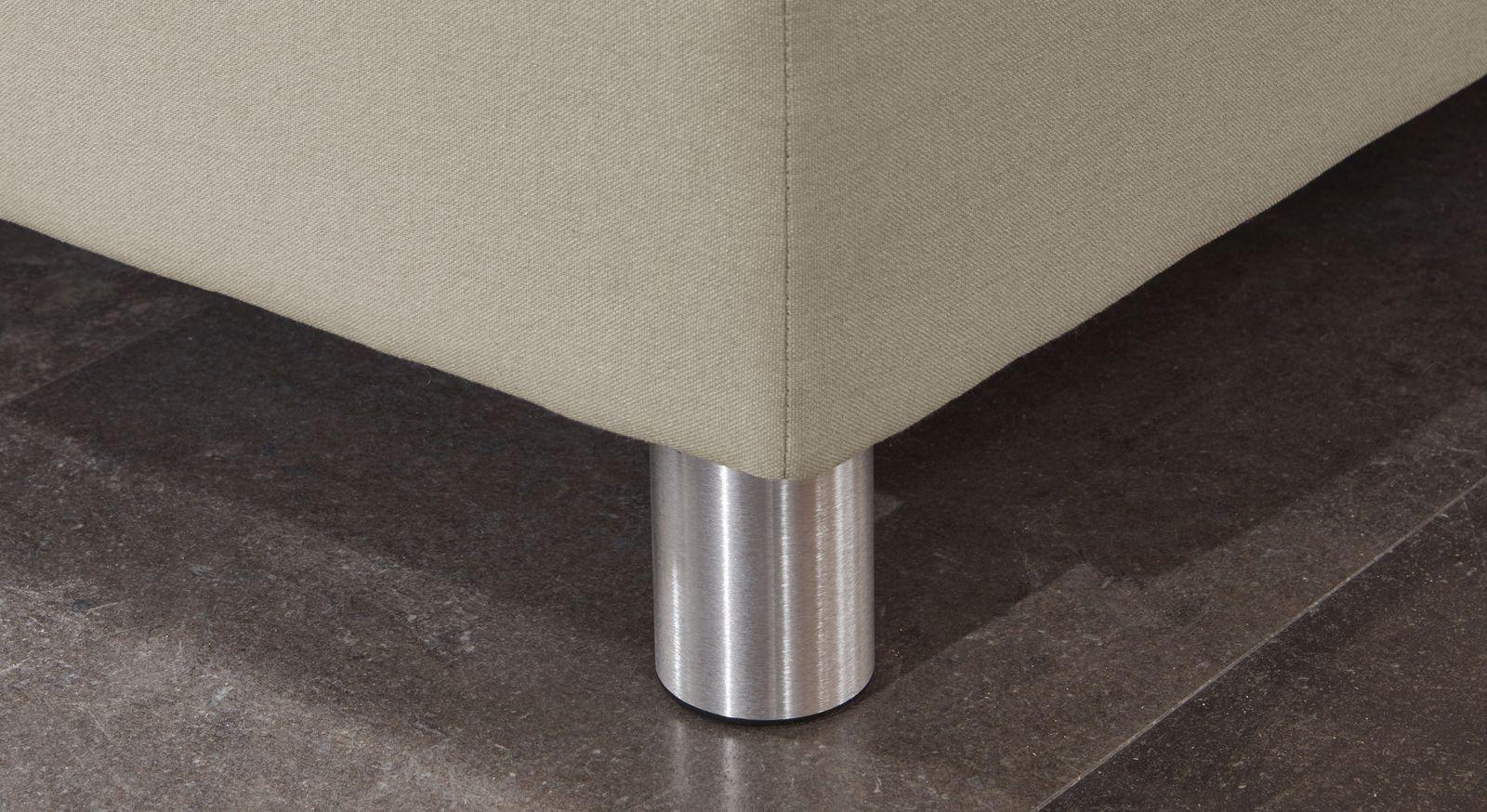 Boxspringbett Rockfords Füße aus gebürstetem Aluminium