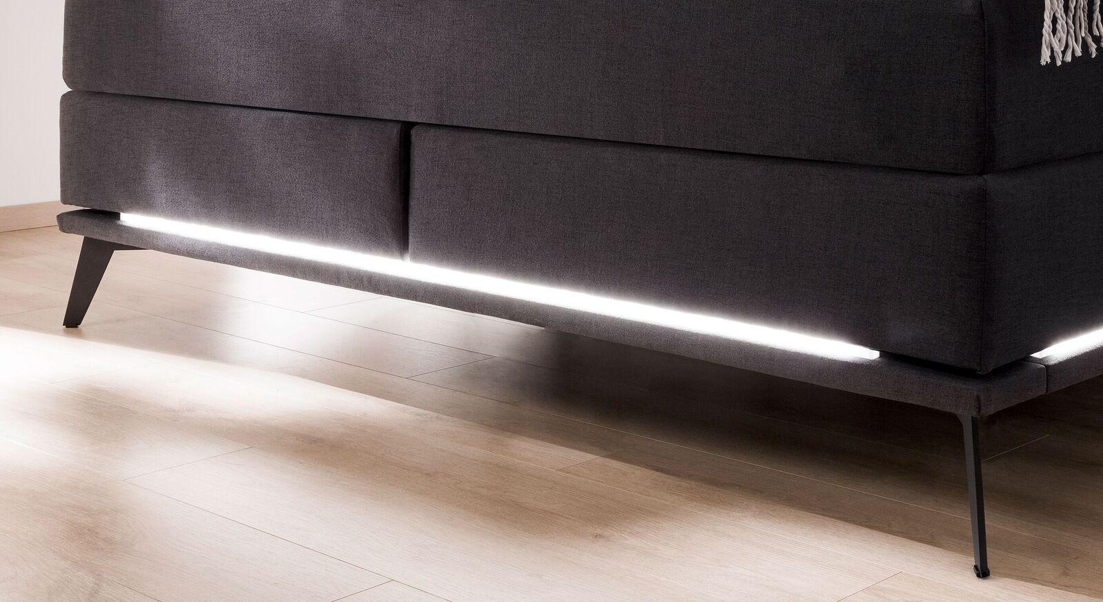 Boxspringbett Silverio mit beleuchtetem Fußbereich