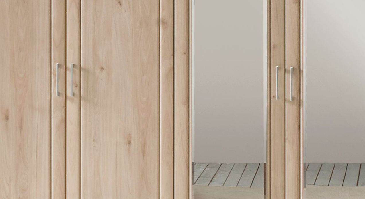Drehtüren-Kleiderschrank Telford mit schmalen Metallgriffen