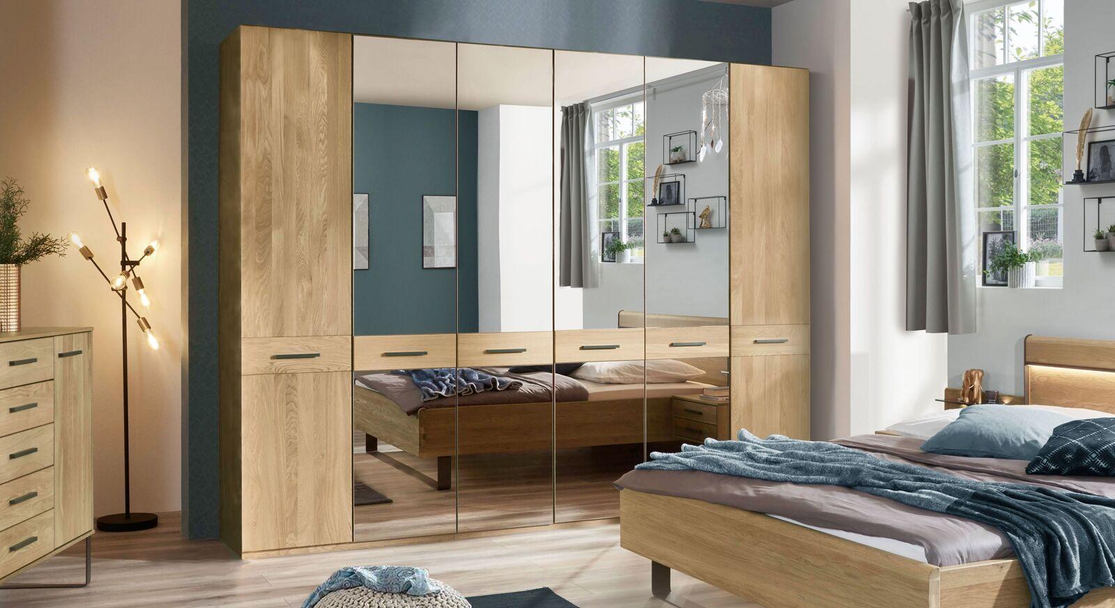 Drehtüren-Kleiderschrank Vitoria mit Spiegeltüren und viel Stauraum