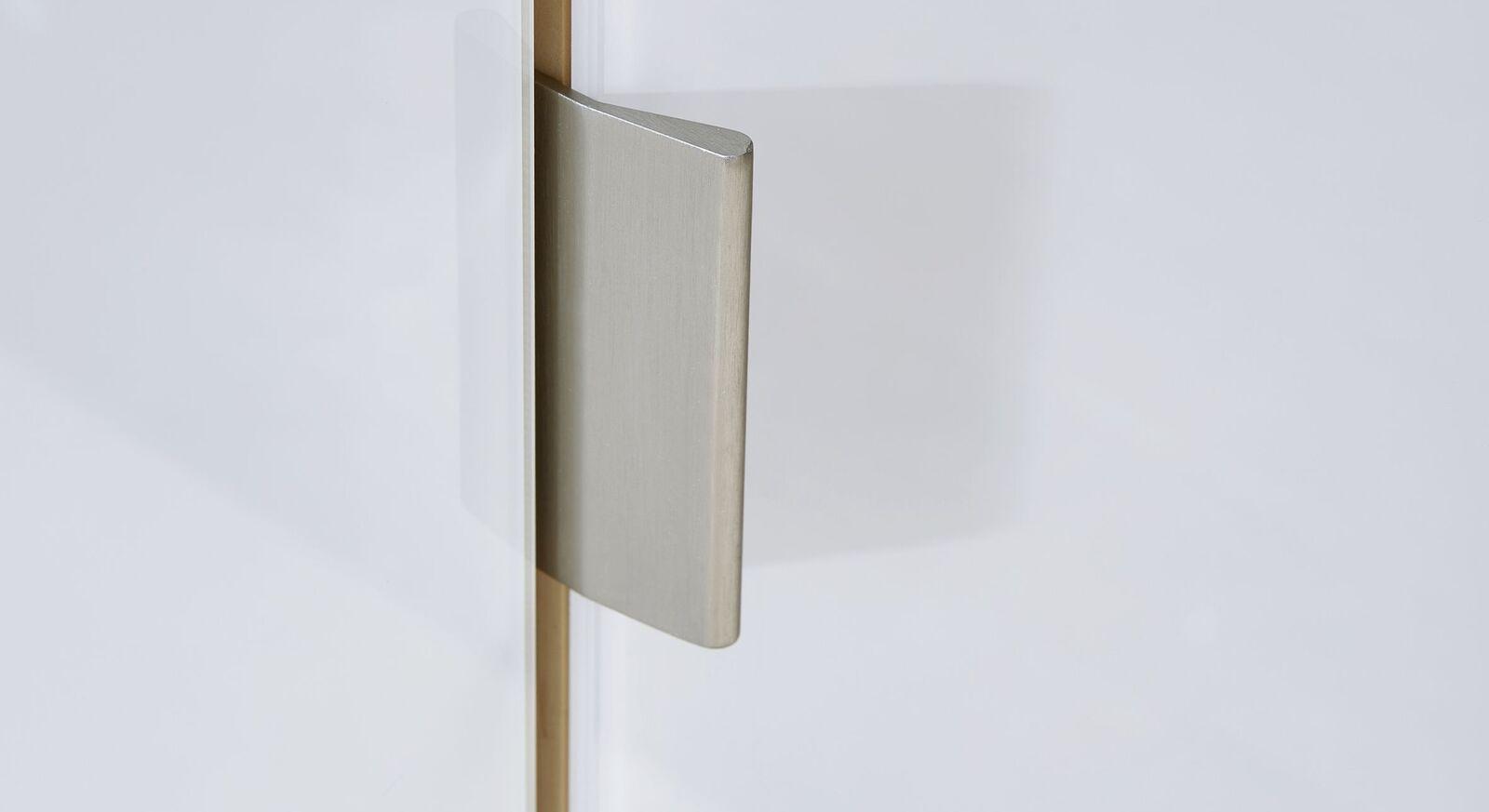 Drehtüren-Kleiderschrank aus weißem Glas mit Griff