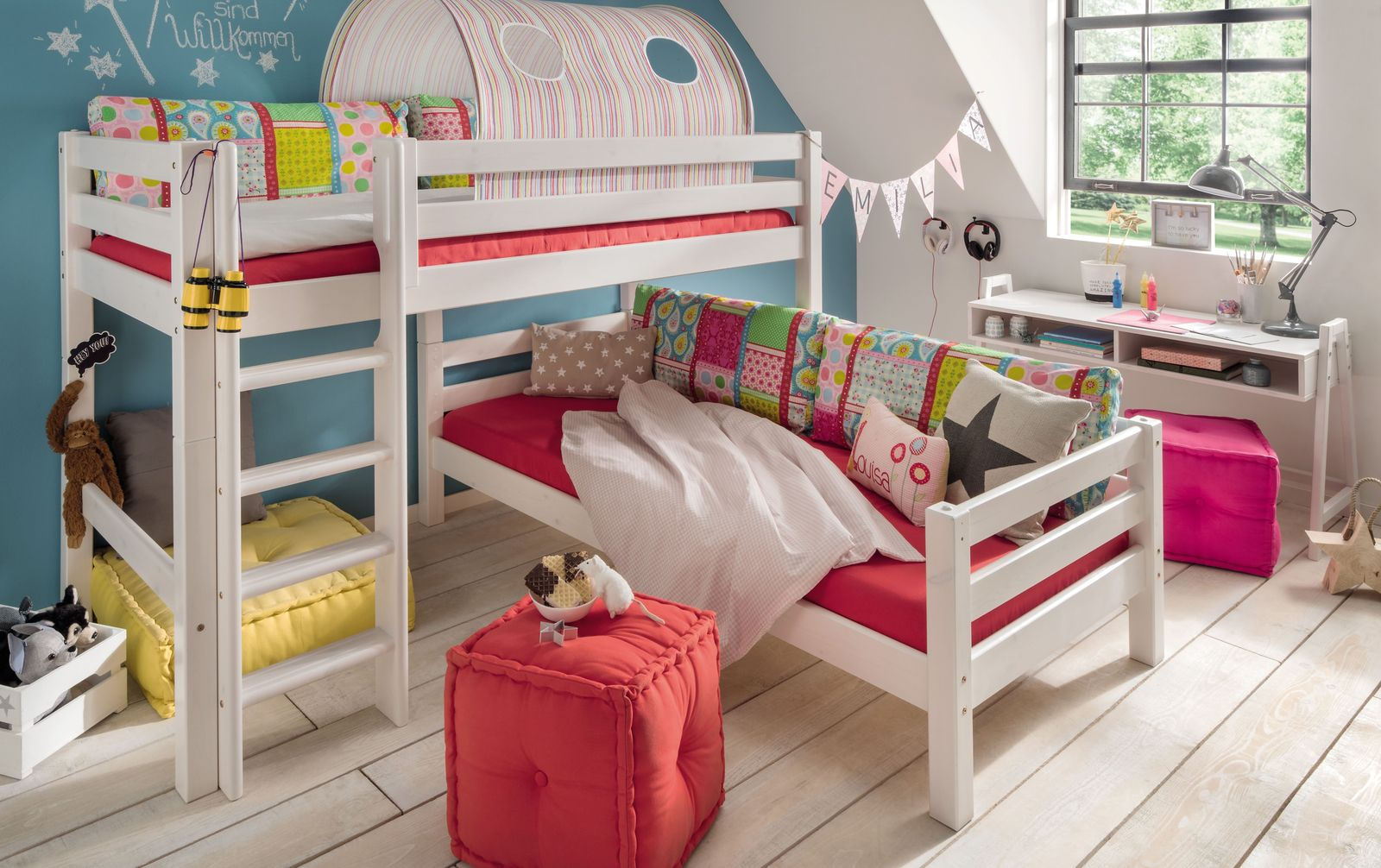 Etagenbett Kids Paradise für Dachschrägen in platzsparender Eckkonstruktion