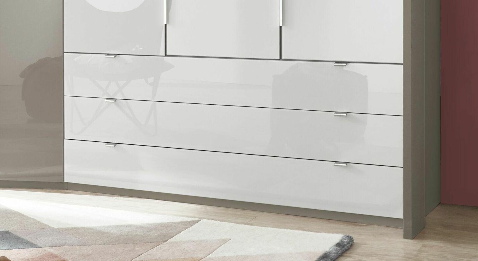 Funktions-Kleiderschrank Evansville mit breiten Schubladen