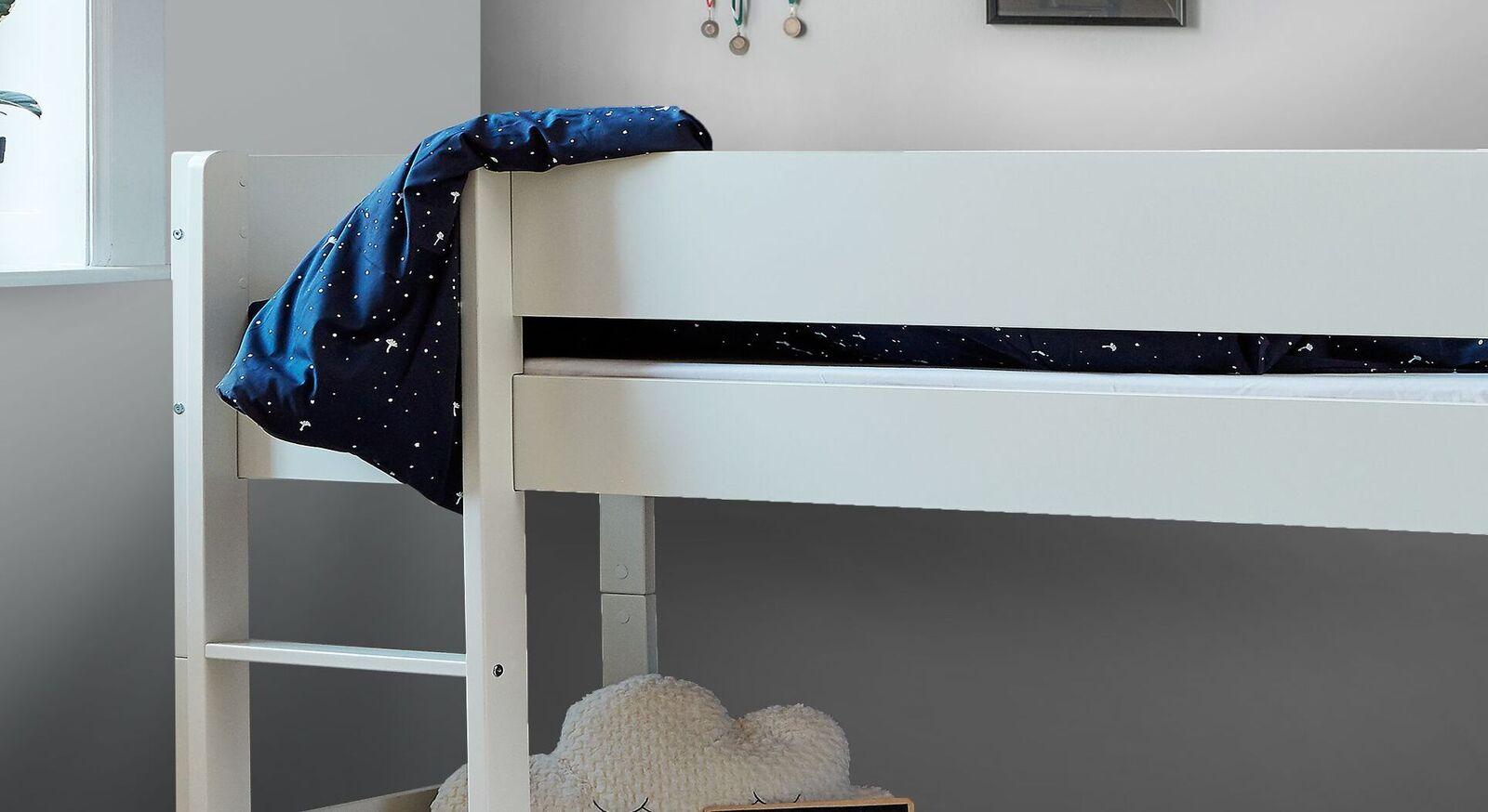 Halbhohes Bett Tacora mit sicherer Leiter
