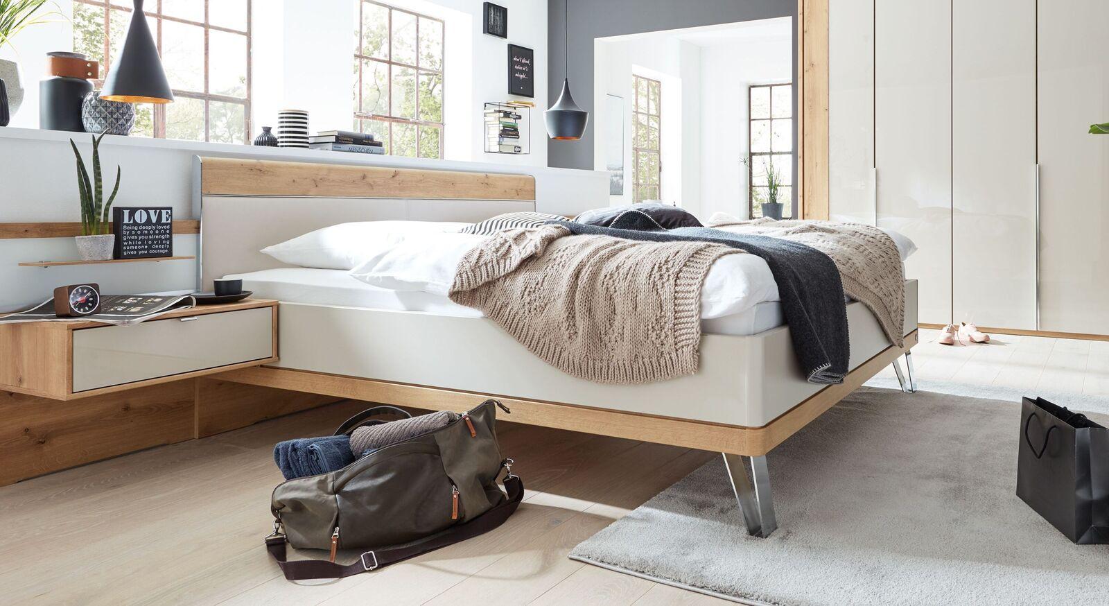 INTERLIVING Bett 1017 inklusive Mittelholm