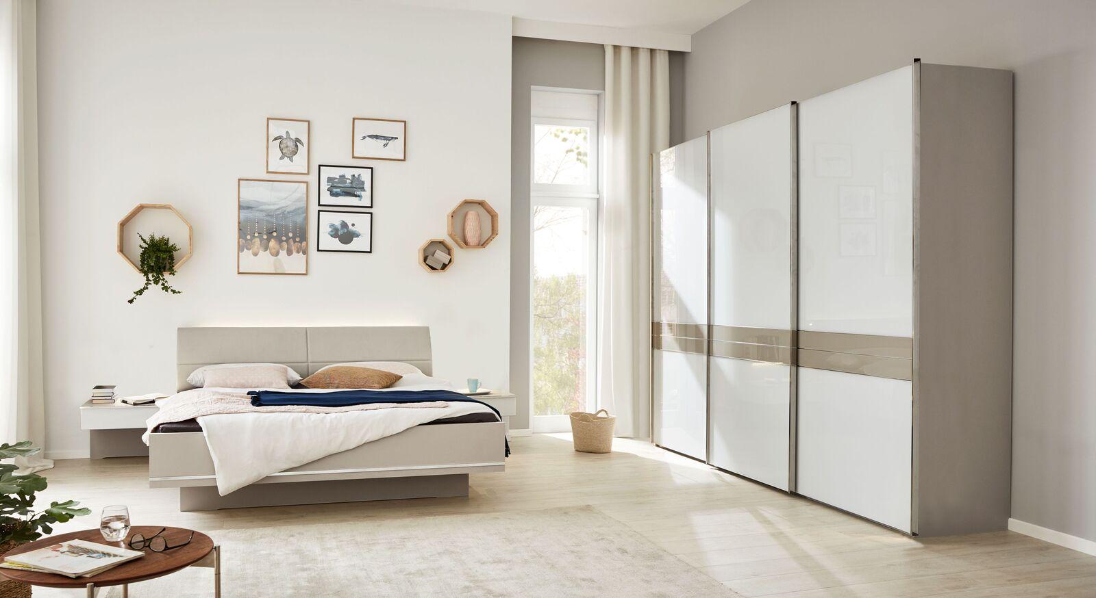 INTERLIVING Schlafzimmer 1009 mit Schwebetürenschrank in modernem Design