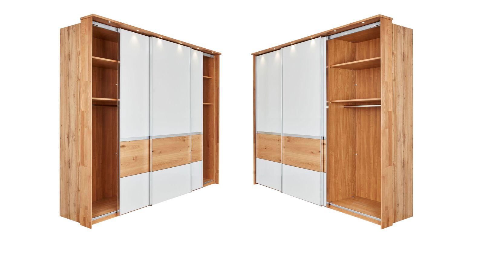 3-türiger INTERLIVING Schwebetüren-Kleiderschrank 1202 mit praktischer Innenausstattung