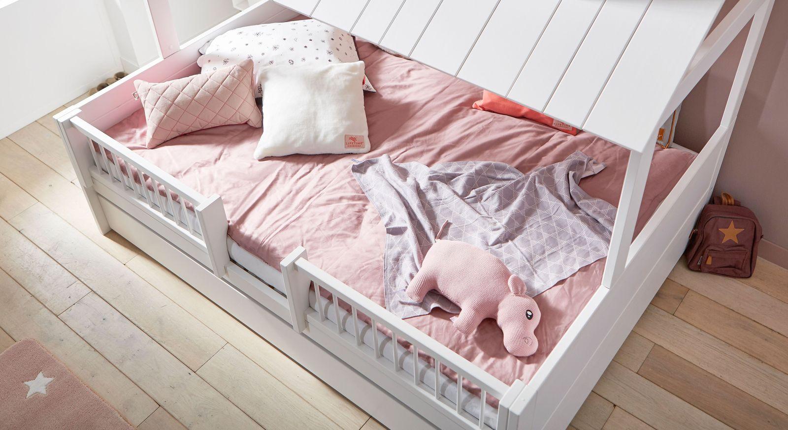LIFETIME Kinderbett Ferienhaus in Weiß deckend lackiert