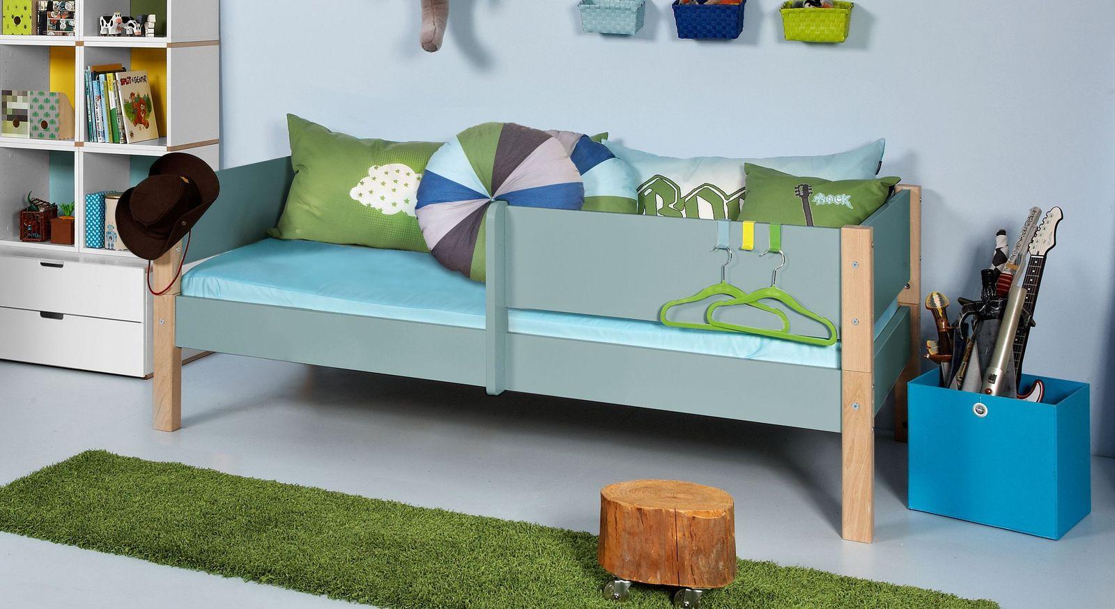 Blaugraues Kinderbett Kids Town Color mit 1/2 Absturzsicherung