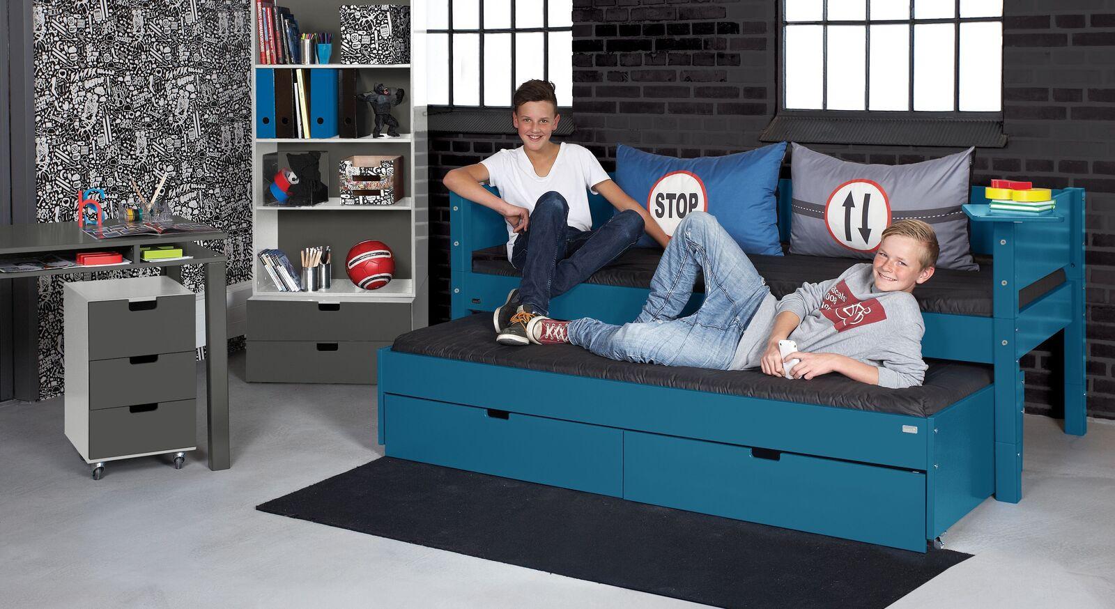 Kojenbett Kids Town Color mit passenden Kinderzimmer-Möbeln