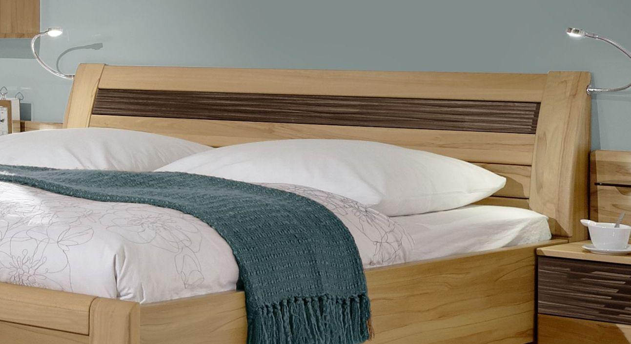 Komfort-Doppelbett In Eiche Dekor Mit Zierfräsungen