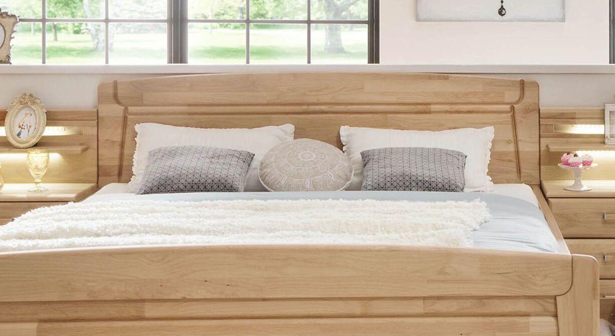 Komfort-Doppelbett Temara mit filigranem Kopfteil-Fräsungen