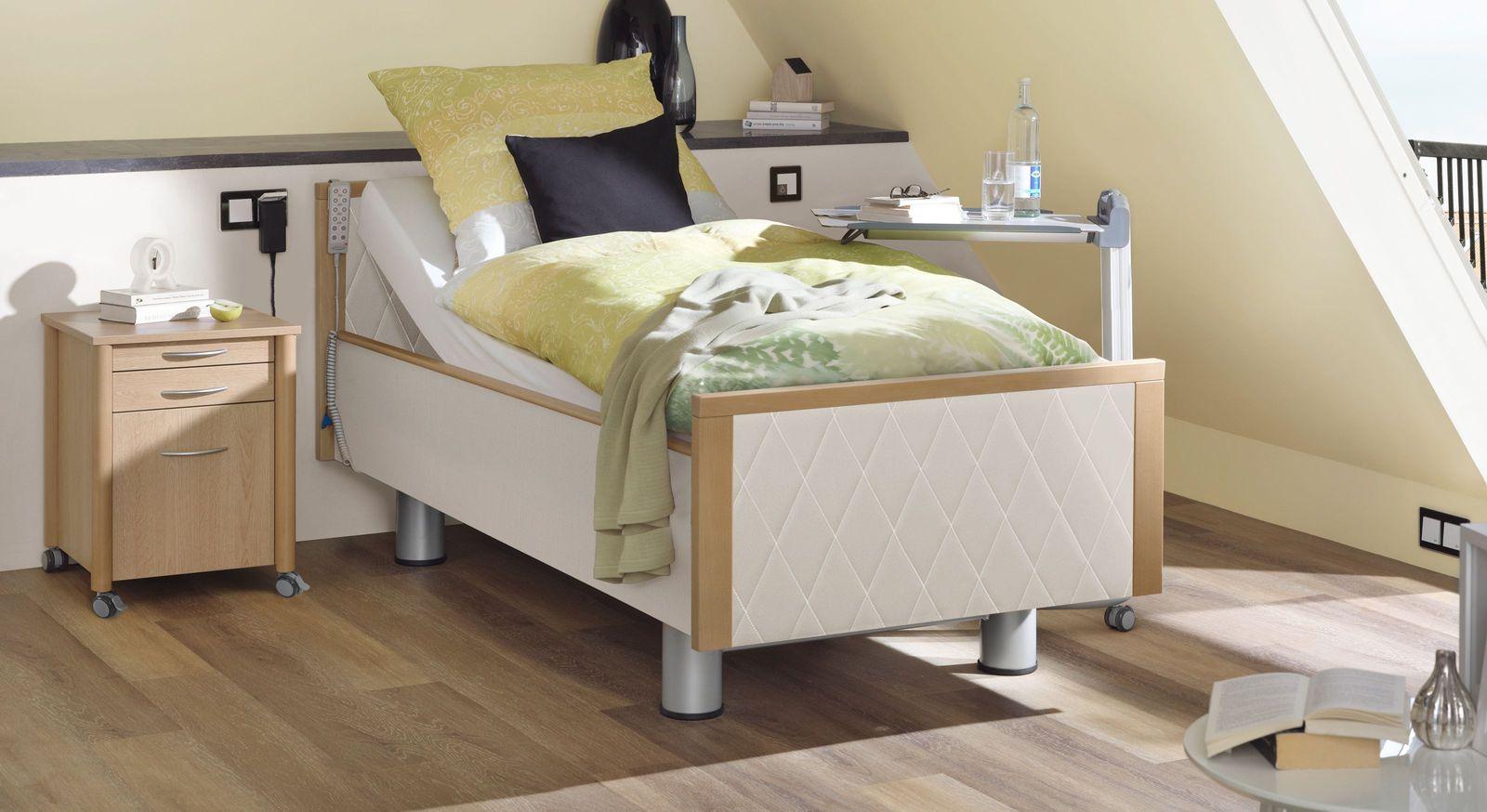 Komfortbett mit Pflegebett-Funktion Rügen mit gestepptem Kunstleder in Weiß