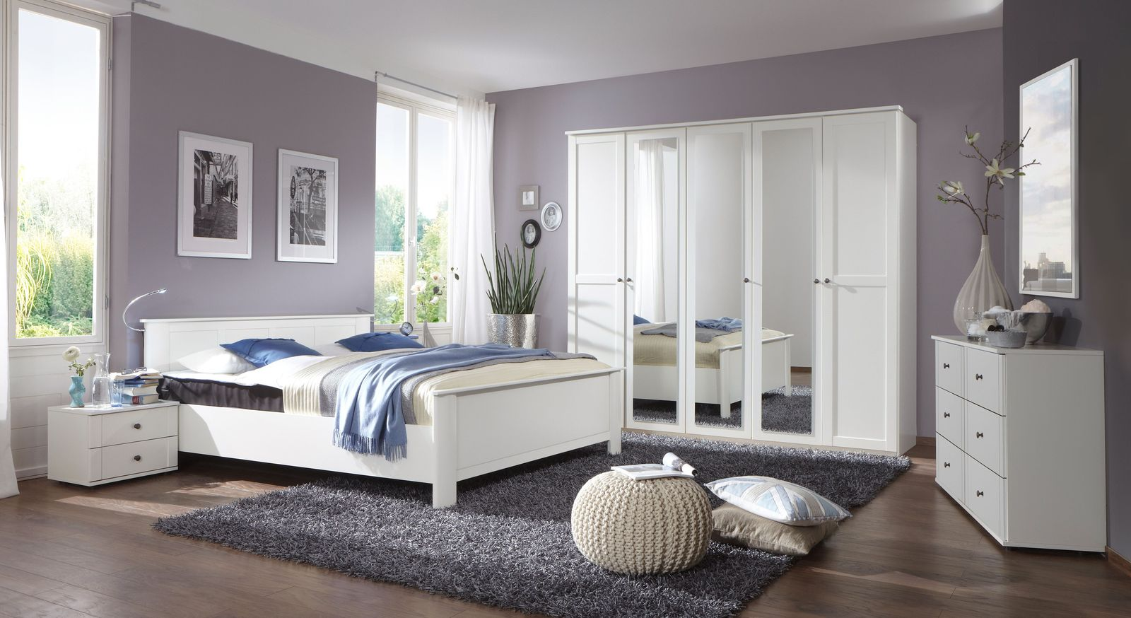 wei e schubladen kommode im eleganten landhausstil berata. Black Bedroom Furniture Sets. Home Design Ideas