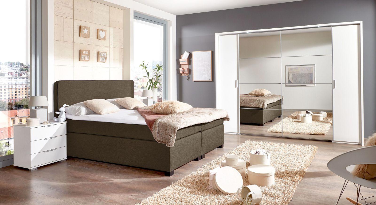 Komplett-Schlafzimmer Maniago mit Boxspringbett und Kleiderschrank