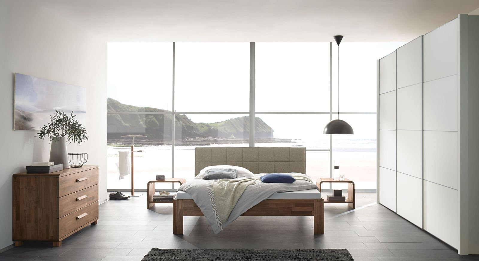 Komplett-Schlafzimmer Pello mit abgestimmten Möbeln