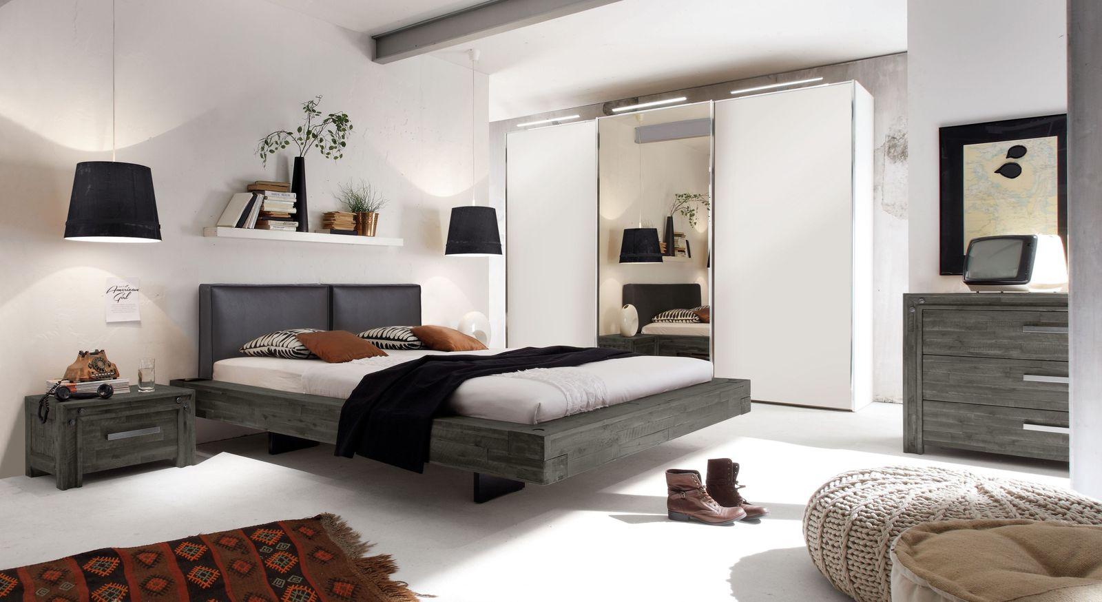 Komplett-Schlafzimmer Penco mit passendem Kleiderschrank