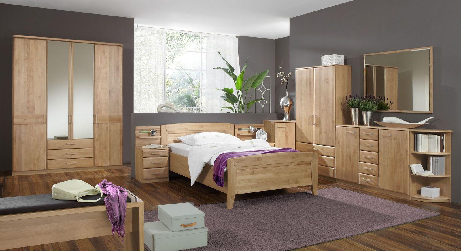 Teilmassives Komplett-Schlafzimmer Sanando aus naturfarbener Erle