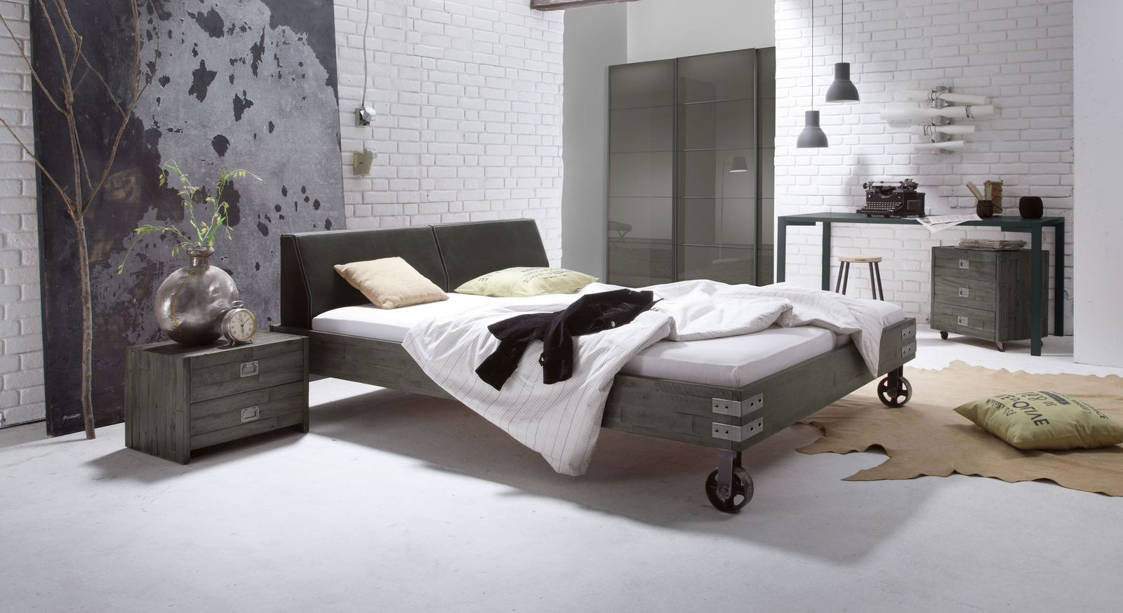 hochwertiges schlafzimmer programm im industrie design tornio. Black Bedroom Furniture Sets. Home Design Ideas