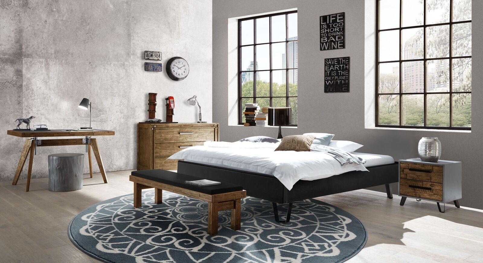 Liege Banvano mit passenden Schlafzimmermöbeln