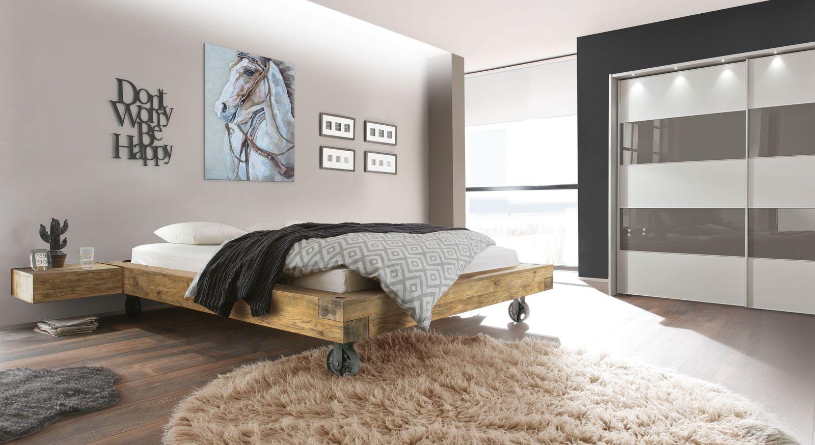 Liege Quesada mit passender Schlafzimmer-Einrichtung