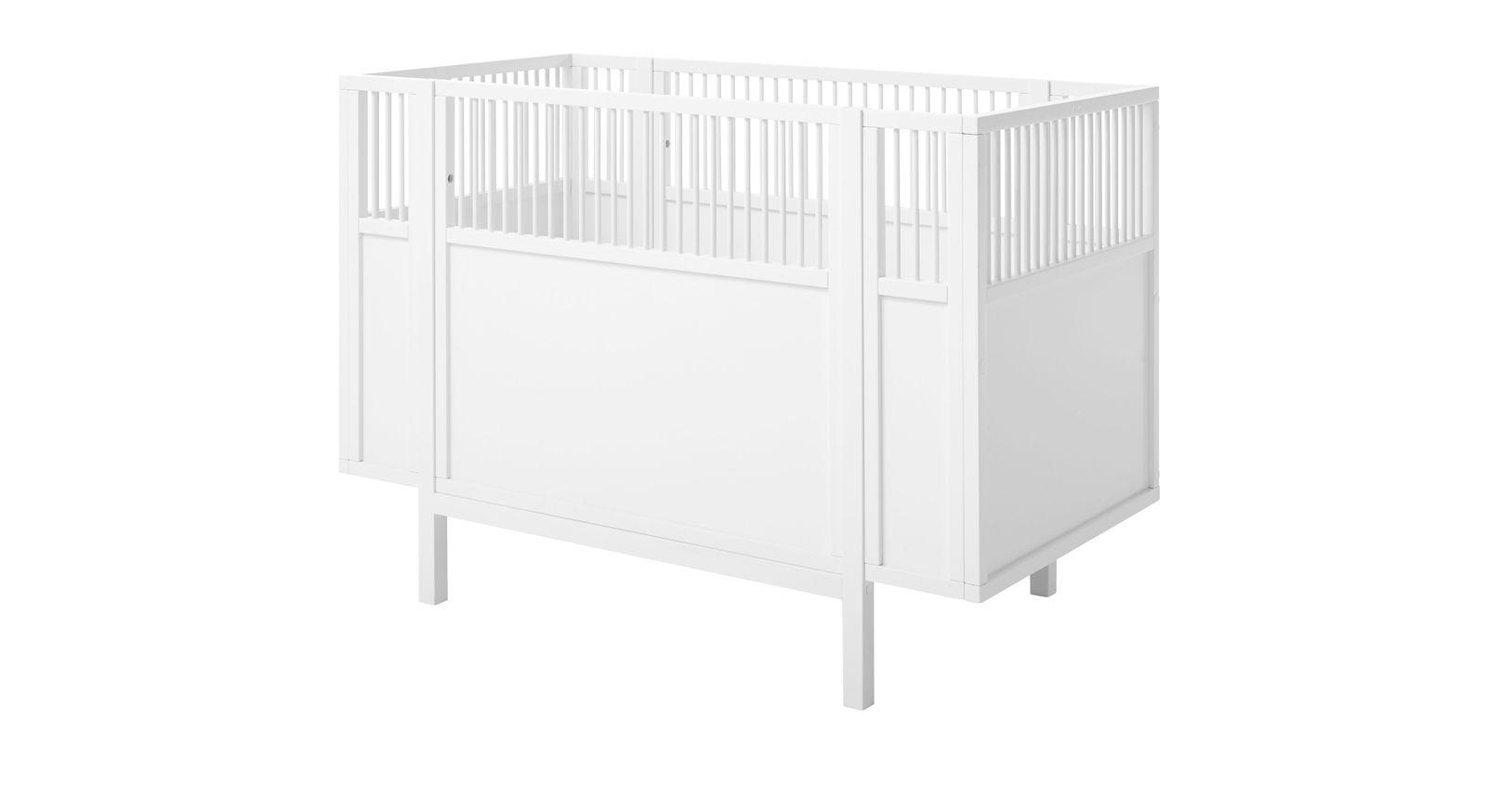 Trendiges LIFETIME Babybett Retro in Weiß lackiert