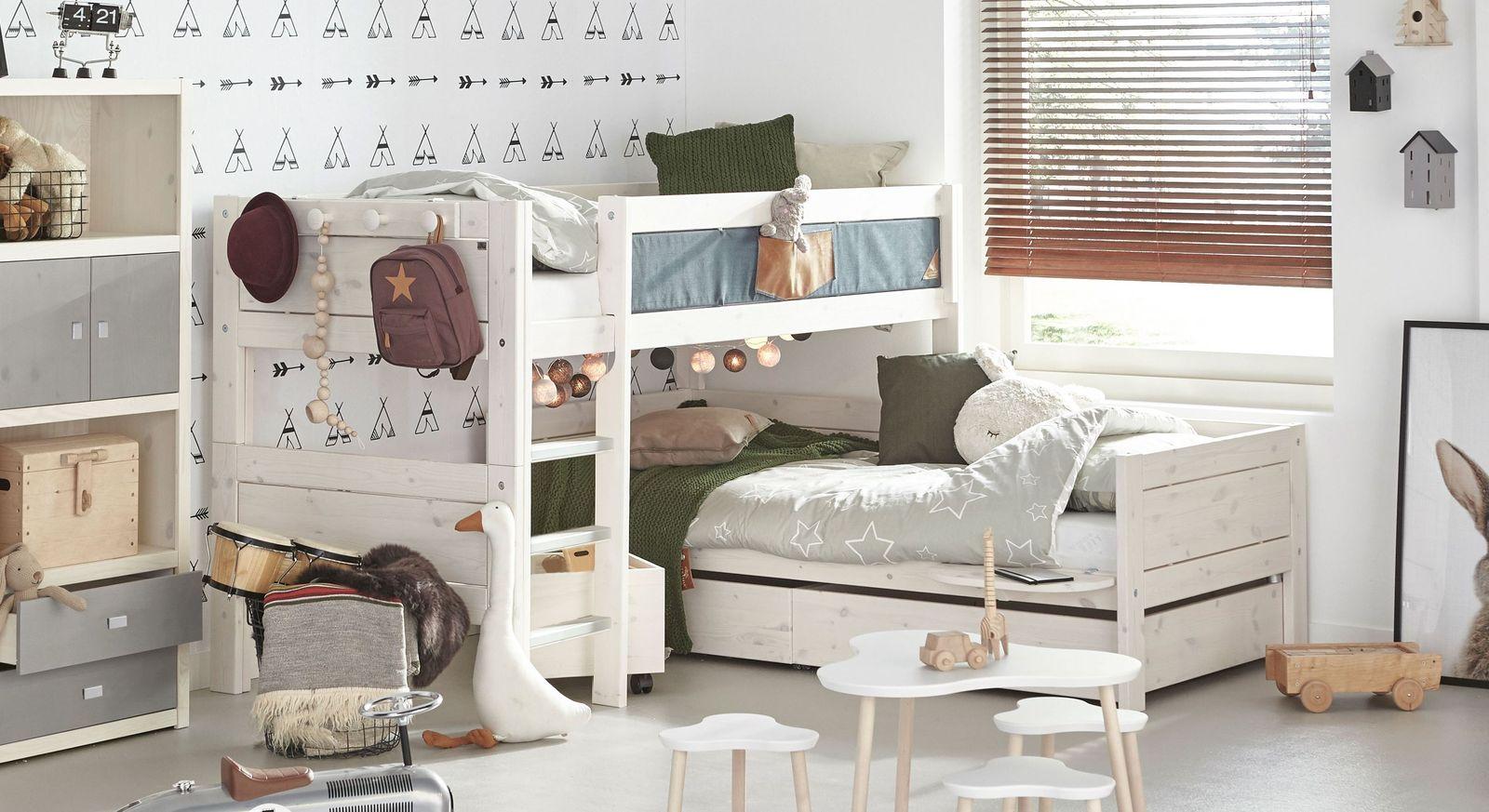 lifetime stockbett ber eck aus kiefer mit lattenrost original. Black Bedroom Furniture Sets. Home Design Ideas