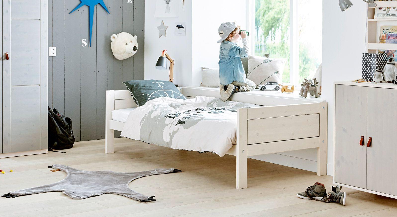 Kinderbett 4-in-1 passt sich Ihrem Kind an