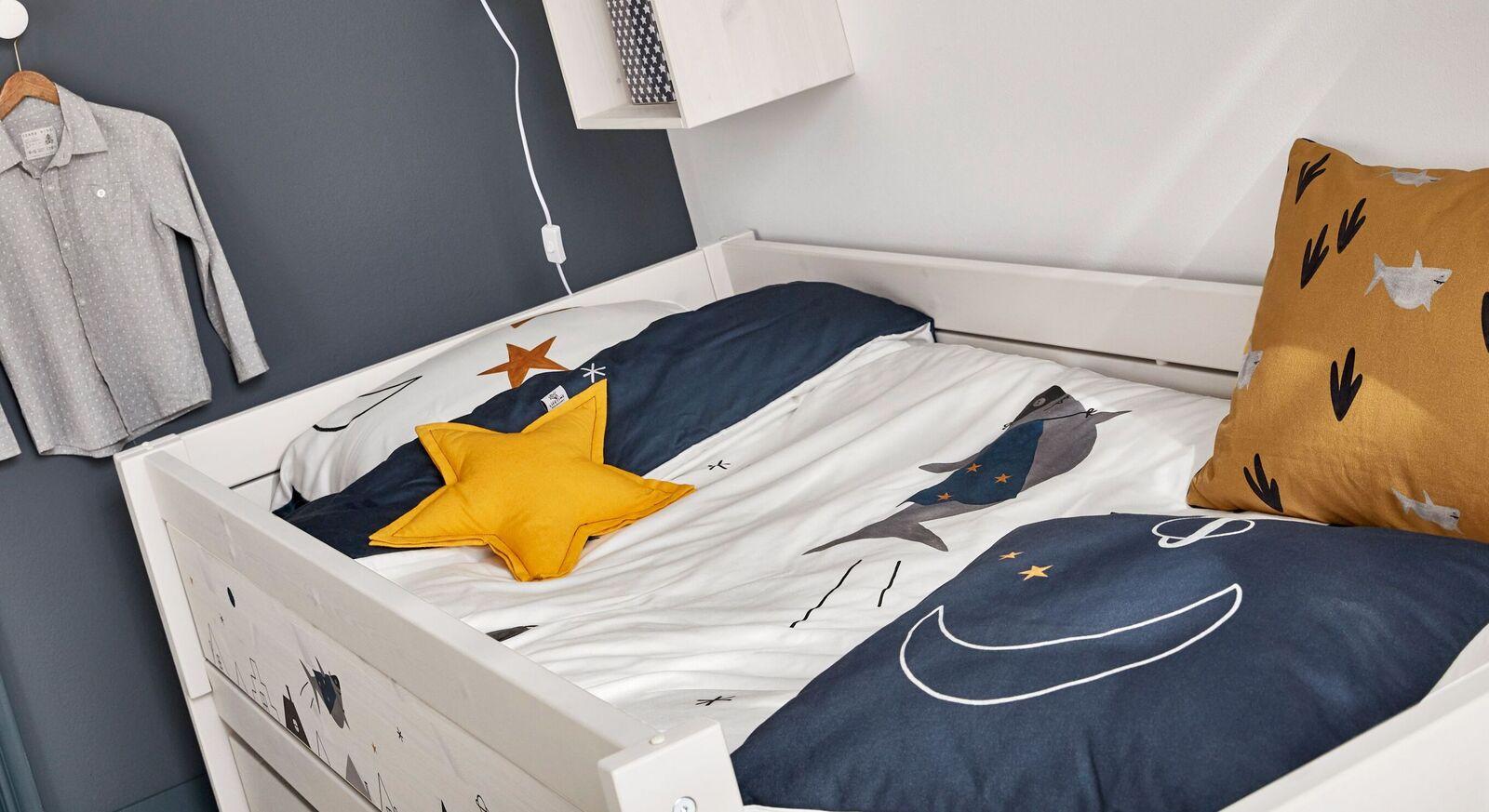 LIFETIME Kinderbett Space Dream mit robuster Absturzsicherung